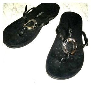 Vionic black slip-on arch support sandals-8 wide